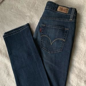 Levis Classic Mid Rise Skinny Jeans
